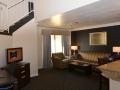 alexis_park_all_suite_las_vegas_living_room2