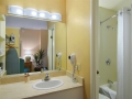 california_hotel_bathroom