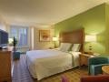 california_hotel_room