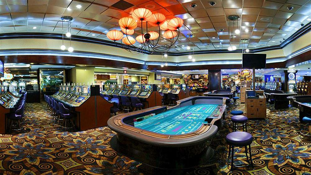 Downtown Las Vegas Fremont Street Hotels