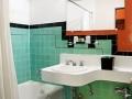 golden_gate_hotel_las_vegas_bathroom