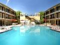 mardi_gras_hotel_las_vegas_pool