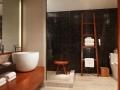 nobu_hotel_las_vegas_bathroom