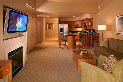 Hotels In Las Vegas Platinum Hotel Las Vegas